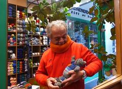 Μαλλί! Σχέση ζωης! (sifis) Tags: knitting wool sakalak sakalakwool athens greece lumix lx7