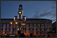 Plaza del Sol, Madrid. (MAQTIRIRI) Tags: madrid plaza del sol nocturnas relog luces en la noche