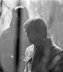Luke facing his fear of Darth Vader (Tom Simpson) Tags: starwars theempirestrikesback behindthescenes film vintage movie 1979 1970s markhamill lukeskywalker empirestrikesback darthvader