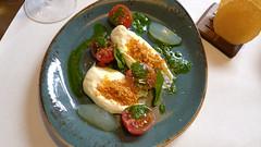 Compartir (2016) (encantadisimo) Tags: tomate crema parmesano pesto albahaca