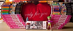 « Happy Valentine's Day » (◕‿◕)♡ (Damien Saint-é) Tags: danbo frenchmanga frenchbook yotsuba japan manga toy jouet vinyl kotobukiya revoltech nisekoi kaichowamaidsama