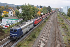 E-loc 265 en 273(Bad Honnef 10-10-2015) (Ronnie Venhorst) Tags: road railroad building station sport architecture train canon deutschland eos rebel track br outdoor d bad eisenbahn rail railway zug bahnhof db cargo structure railwaystation trail infrastructure vehicle loc t3 bahn trein spoor duitsland 265 dbs deutsche 1100 spoorwegen 151 273 lok railion spoorweg schenker 2015 rbh honnef emmerich elok eloc baureihe br151 goederentrein 1100d materieel kolentrein zelflosser eos1100d spoormaterieel eos1100