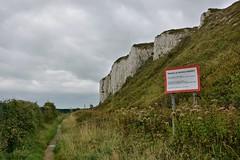 101915-278F (kzzzkc) Tags: uk grass sign kent nikon day cloudy unitedkingdom trail shrub whitecliffs dover ministryofdefence d7100