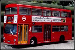EFE 99104 : Daimler Fleetline DMS - London Transport (Zippy's Revenge) Tags: bus london scale model collectible daimler collectable fleetline londontransport diecast dms gilbow 124thscale dms1877 ghm877n