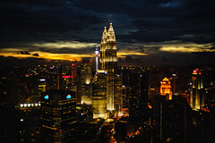 Good Night Kuala Lumpur! [Top 25 - Malaysia] (Naz Amir) Tags: light sunset skyline night skyscraper gold cityscape skyscrapers petronas malaysia twintowers kualalumpur klcc twintower kltower petronastwintowers rokkor wrokkorhg
