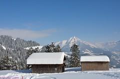 Pic Chaussy (CH) (Annelise LE BIAN) Tags: sunshine suisse bleu damn blanc paysages chalets montagnes leysin picchaussy supershot alittlebeauty fantasticnaturegroup neigeetglace lalé́cherette