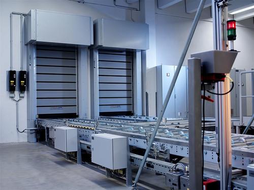 Скоростные ворота для аєропортов.  Hi speed doors. Efaflex.  Швидкісні ворота для аеропорту. EFAFLEX_Fuchs_B_002