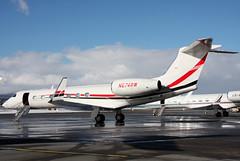 N674RW (GH@BHD) Tags: corporate aircraft aviation zurich coke wef executive zurichairport gulfstream kloten guv zrh bizjet g550 gulfstreamaerospace cocacolaco wef2010 n674rw
