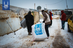 2016_Syria_Winterization to Displaced people from Aleppo_6.jpg