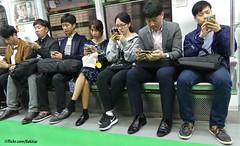 Mobile society, Seoul underground (Sekitar) Tags: asia eastasia southkorea korea south mobile society seoul underground earthasia transport metro