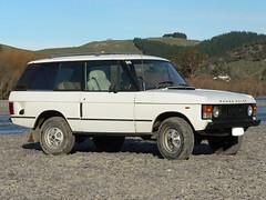 1981 Range Rover 2 Door (mine was white) (LoxPix2) Tags: loxpix hondan600g austina30 hondas600 hondas800 bmw318is coupe benz c200 sports kompressor amg merecedes ford falcon xl xk futura wolseley 2480 humber supersnipe ml320 landrover sd1 rangerover discovery jaguar xjs he xd toyota hiace volvo 245gl landau rambler rebel citroen id19 turbo zephyr mk 1 datsun 180b transit coupe9