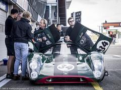 2016 Zandvoort Historic GP: Lola T70 Mk3B (8w6thgear) Tags: zandvoort historic gp grandprix 2016 pitlane lola chevrolet t70mk3b sportscar mechanics davidhart fiamastershistoricsportscars