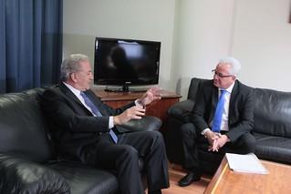 Συνάντηση με τον Ευρωπαίο Επίτροπο αρμόδιο για θέματα Μετανάστευσης, Εσωτερικών Υποθέσεων και Ιθαγένειας
