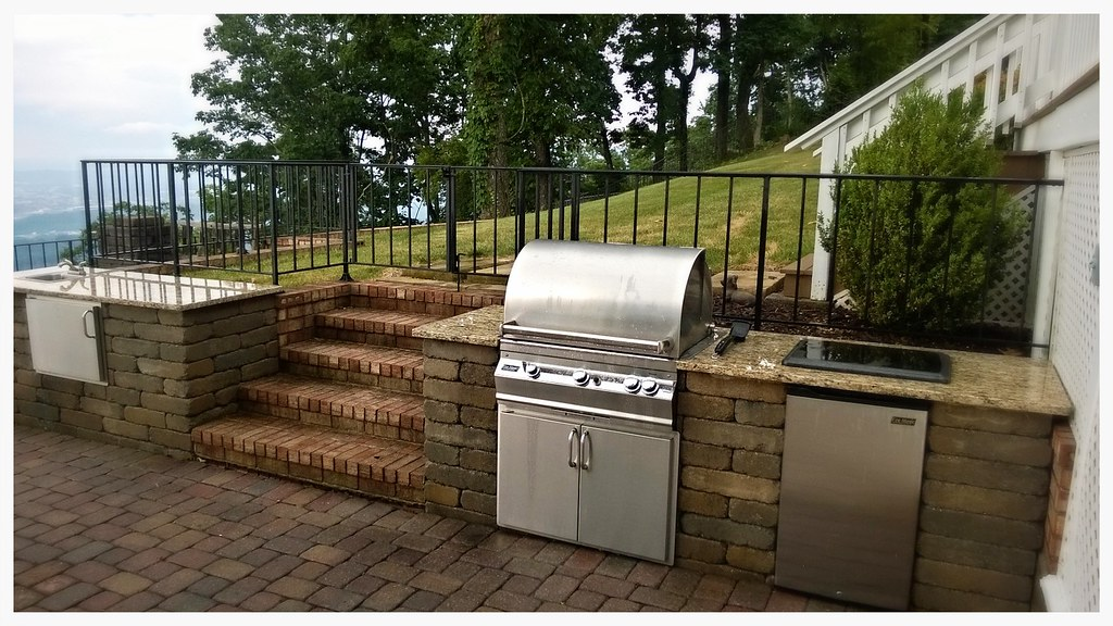 Custom FireMagic Outdoor Kitchen, Lookout Mtn. Tn