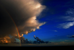 "Torna il sereno ! (wallace39 "" mud and glory "") Tags: sea summer sky clouds rainbow italia nuvole mare liguria cielo greenbay arcobaleno autofocus ospedaletti estete baiaverde flickrbronzetrophygroup infinitexposure"