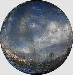 2015-09-16 crystal ball (2)f (april-mo) Tags: blur experimental crystal blurred sphere round through crystalball clingfilm crystalclear spheric experimentalphoto flouartistique experimentalart experimentaltechnique crystalballphotography throughcrystal