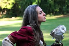 Girl & Owl (Strocchi) Tags: woman girl canon sigma 7d owl ragazza middleage 50500mm gufo roocadellecamminate