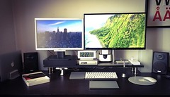 Setup late '15 #workspaces #workspace #setup #mysetup (armarian) Tags: apple square squareformat workspace setup iphoneography instagramapp setupdream