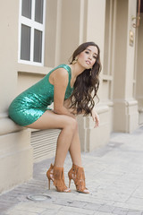 Mafer (MelissAndrade) Tags: portrait verde girl fashion glitter canon 50mm model