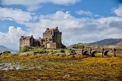 Sunny Eilean Donan. Отлив у замка (Tatters ❀) Tags: scotland castle history uk oloneo beach seaside eileandonan bridge