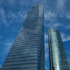 Glass Towers (IV) (Modesto Vega) Tags: architect architecture arquitecto arquitectura cbta cuatrotorresbusinessarea césarpelli d600 fullframe madrid nikon nikond600 peicobbfreed rascacielos skyscraper spacetower torreespacio torredecristal towerofglass