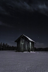 #night #nightsky #winter #snow #barn (anderswiik2) Tags: nightsky night winter barn snow