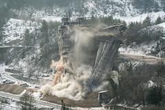 20170127_sprengung16_0028 (doerrebachtaler) Tags: stromberg kalkwerk explosion sprengung destruction demolution