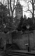 IMG_6253.JPG (gardiner.jerry) Tags: street city bristol cabottower blackandwhite