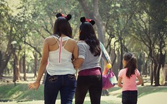Girls just wanna have fun (Kim's Pics :)) Tags: girls three trio young happy mouseears childhood fun park sunshine walking together family youth chapultepecpark mexicocity mexico