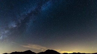 Perseid Meteors and Milky Way timelapse