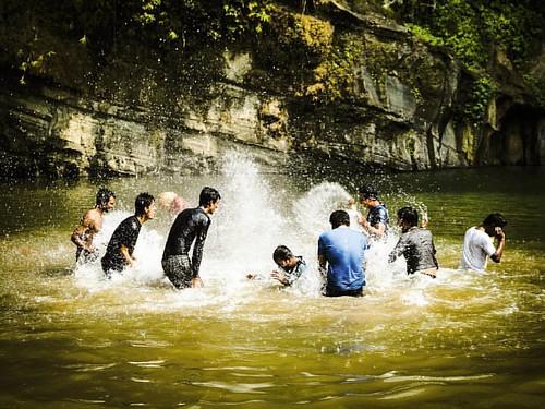 You won't have to explain, just share! ------------------------ #happy #happiness #joy #enjoy #people #instamoment #moment #water #madhabkunda #moulvibazar #bangladesh #everydaybangladesh