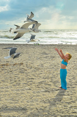 Ocean life..... (aquickrn) Tags: ocean sunset seagulls nature birds kids elements beaches seashore