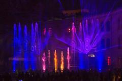 """""""Eine Sinfonie der Elemente"""" (Helmut44) Tags: water germany deutschland fire licht colorful wasser magdeburg laser feuer lasershow festung sachsenanhalt lichtshow festungsanlage festungmark farbenfreudig wassershow"""