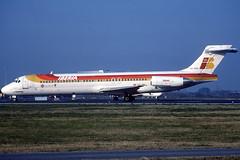 Iberia MD-87 EC-GRO BCN 24/12/1999 (jordi757) Tags: barcelona nikon airplanes bcn kodachrome douglas f90x iberia kodachrome64 avions mcdonnell elprat md87 lebl ecgro
