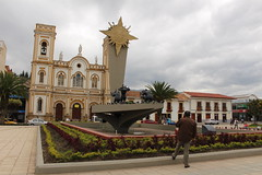 "Plaza de la Villa en Sogamoso • <a style=""font-size:0.8em;"" href=""http://www.flickr.com/photos/78328875@N05/23166584603/"" target=""_blank"">View on Flickr</a>"