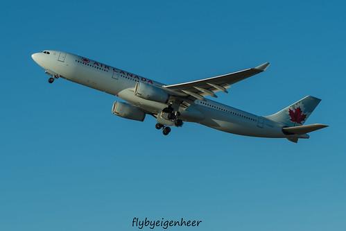 C-GHKW Airbus A330-343 A333 > ACA