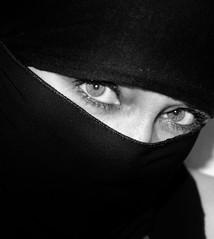i see you.. (Fia by Marv) Tags: veil veiled verhüllt verschleiert vermummt tücher portrait oriental maskiert blackandwhite eyes augen women schleier masked robber niqab frau scarf woman blackwhite