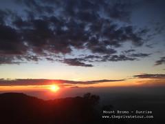 sunrise (Alvin Gunawan) Tags: mountbromo mountain bromo bromomountain bromotour bromoprivatetour bromoview bromosunrise bromovolcano tourbromo tourtomountbromo sunrisebromo sunrise
