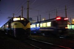 Alameda de noche (Domingo Kauak) Tags: tren train chile rail ferrocarril e32 breda marelli al sur temuco terrasur frontera ut440 central metrotren rancagua