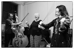 John Edwards/Maggie Nicols/Alison Blunt, Voices In The Night @ Iklectik Art Lab, London, 3rd March 2017 (fabiolug) Tags: johnedwards maggienicols alisonblunt voice voices violin bass doublebass voicesinthenight improv improvisation iklectik iklectikartlab lambeth waterloo london music gig performance concert live livemusic leicammonochrom mmonochrom monochrom leicamonochrom leica leicam rangefinder blackandwhite blackwhite bw monochrome biancoenero leicaelmarit28mmf28asph elmarit28mmf28asph elmarit28mm leicaelmarit28mm 28mm elmarit leicaelmarit wide wideangle cncprn2