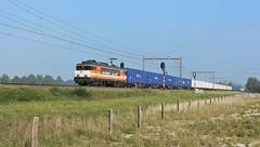 Locon 9908 met een containertrein. (twenterail) Tags: eisenbahn zug trein spoorwegen 9908 locon