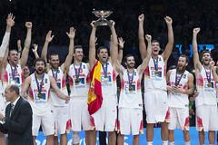 _AN_0865 (Baloncesto FEB) Tags: espaa mas m septiembre podium final rey 20 seam iv felipe copa seleccion campeones 2015 masculina lituania campen vestuario eurobasket medallas absoluta 200915
