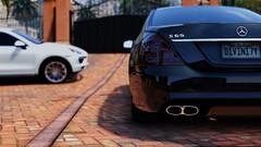 GTA5 2015-10-25 15-51-07 (dandivinity) Tags: auto white house black 5 rich grand cayenne porsche mercedesbenz theft amg sclass gtav