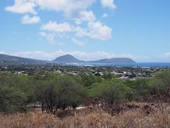 Koko Head and the adjacent Hanauma Bay (procrast8) Tags: island hawaii bay oahu head kai hi honolulu hanauma koko portlock leahi kahala maunalua