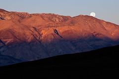 Moonset in Saline Valley (matthewkaz) Tags: california moon mountains sunrise desert deathvalley salinevalley moonset 2014 inyomountains