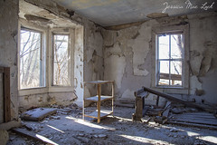 Tattered Grey (Jessica Mae Olson) Tags: abandoned minnesota rural decay forgotten abandonedhouse decaying