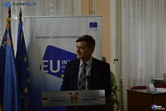"Skup Predstavljanje izveštaja EU o Srbiji, Niš novembar 2015 <a style=""margin-left:10px; font-size:0.8em;"" href=""https://www.flickr.com/photos/89847229@N08/23447205586/"" target=""_blank"">@flickr</a>"
