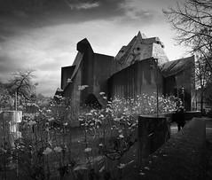 Neviges (schromann) Tags: church concrete crystal kirche tent expressionism expressionist pilger velbert zelt gottfried beton brutalist brut sichtbeton böhm stadtkrone neviges pilrimage 20151118