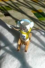 Sympa ce bonhomme de neige en rouleau de PQ, non ? (mistigree) Tags: bonhommedeneige toulouse noël vitrine rouleaudepapiertoilette