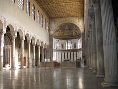 Roma - Santa Sabina (Eli.b.) Tags: colonna navata basilica roma architettura interni colonnato edificio church eglise rome